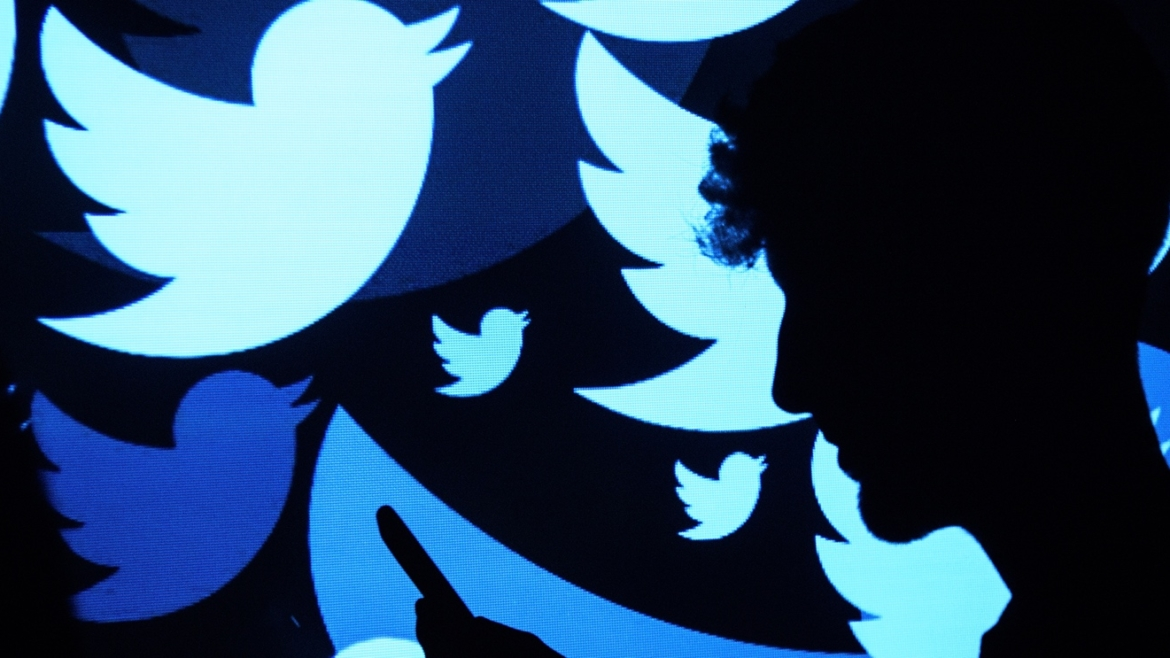 The Dos and Don'ts When Using Twitter for Social Engagement